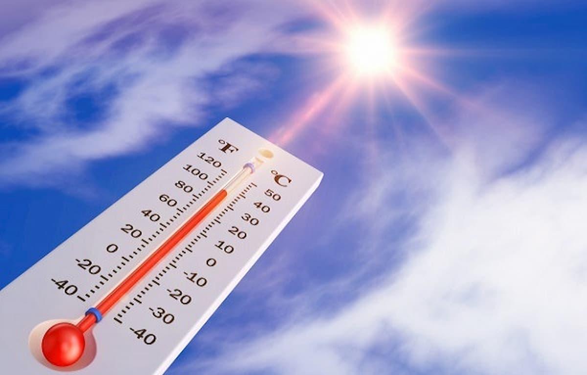 دمای نور خورشید