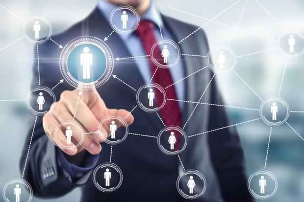 ارتباط با مشتریان هدف